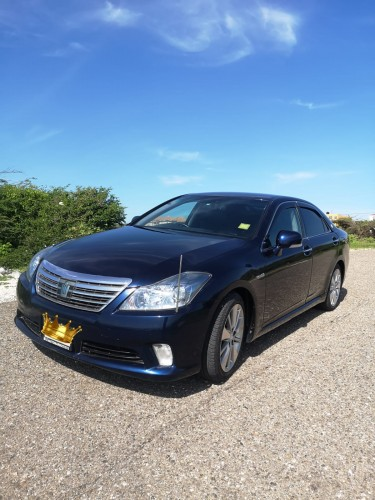 2012 TOYOTA CROWN RS// TRADE