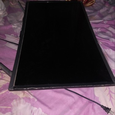 32 Inch Blackpoint Curve Smart TV