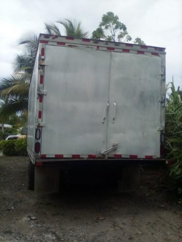 2001 Ford Box Truck