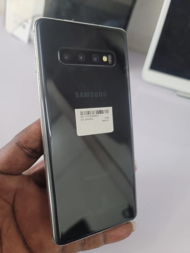 Samsung Galaxy S10 PLUS (128GB)