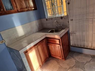 2 Bedrooms & 1 Bathroom - PITFOUR