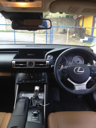 2013 Lexus IS300 Hybrid