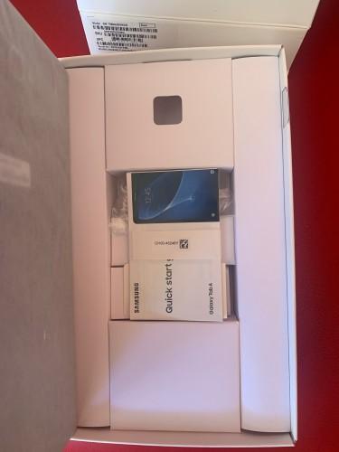 """Open Box 10.1"""" Full HD Samsung Galaxy Tab A With 1"""