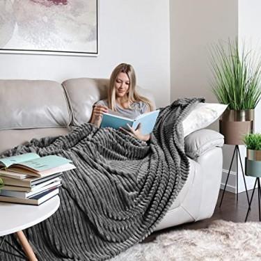 Lightweight Super Soft Fuzzy Luxury Bed Blanket