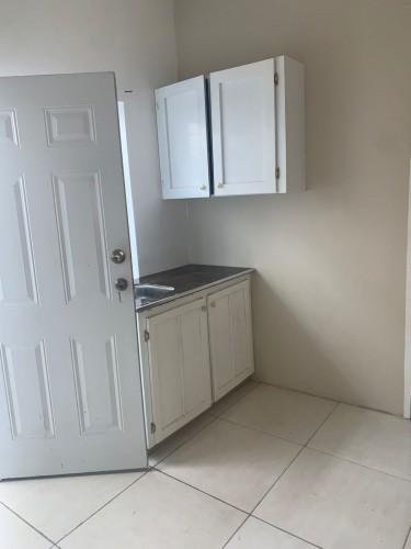 1 Bedroom Apartment - Kingston