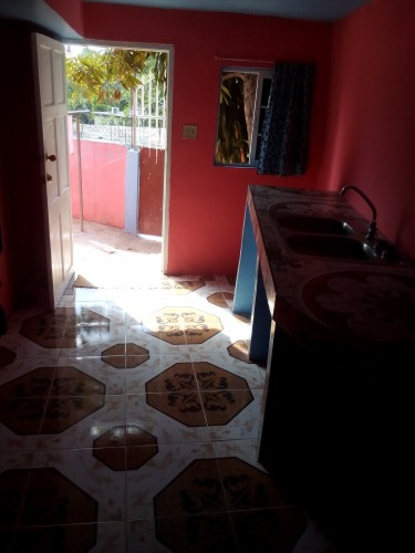 Unfurnished 1 Bedroom With Kitchen & Bathroom
