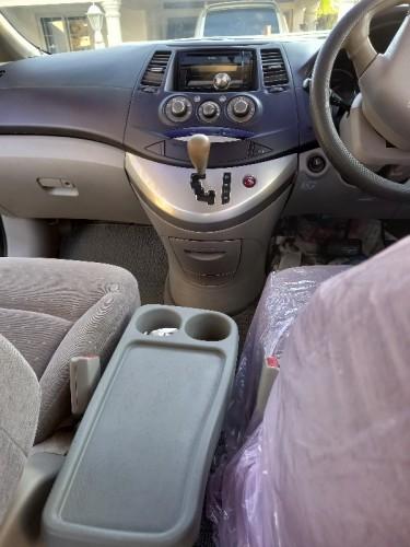 2003 Mitsubishi Grandis