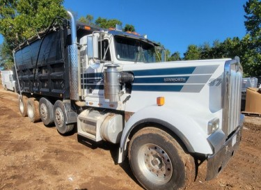 Kenworth W900 Dump Truck With Papers