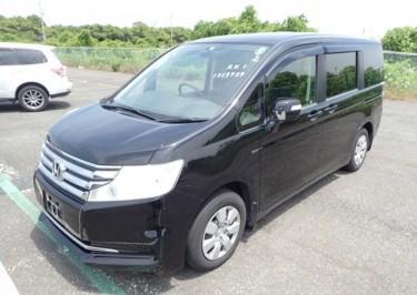 Black Honda Step Wagon