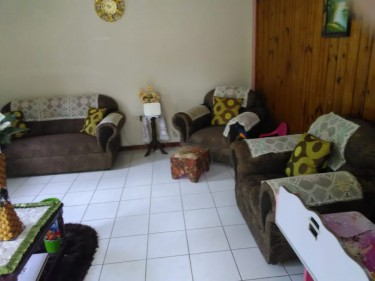 5 Bedrooms & 3 Baths - St. Elizabeth
