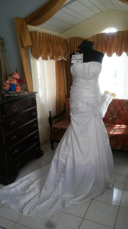 Exquisite Wedding Dresses