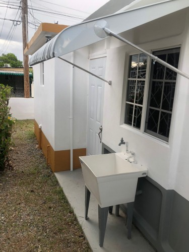 Self Contained 1 Bedroom Unit