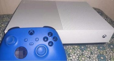 1tbXbox One S All Digital With Series X Controller